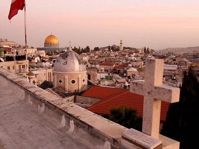 Coloni israeliani sostengono che il richiamo alla preghiera provochi inquinamento acustico
