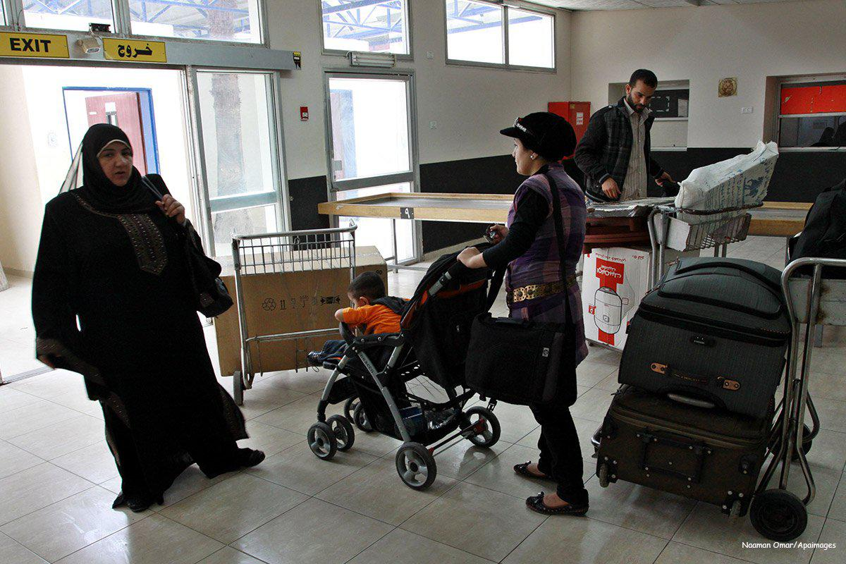 2011_05_28-Palestinians-returnees-come-through-the-Rafah-border-crossing-1