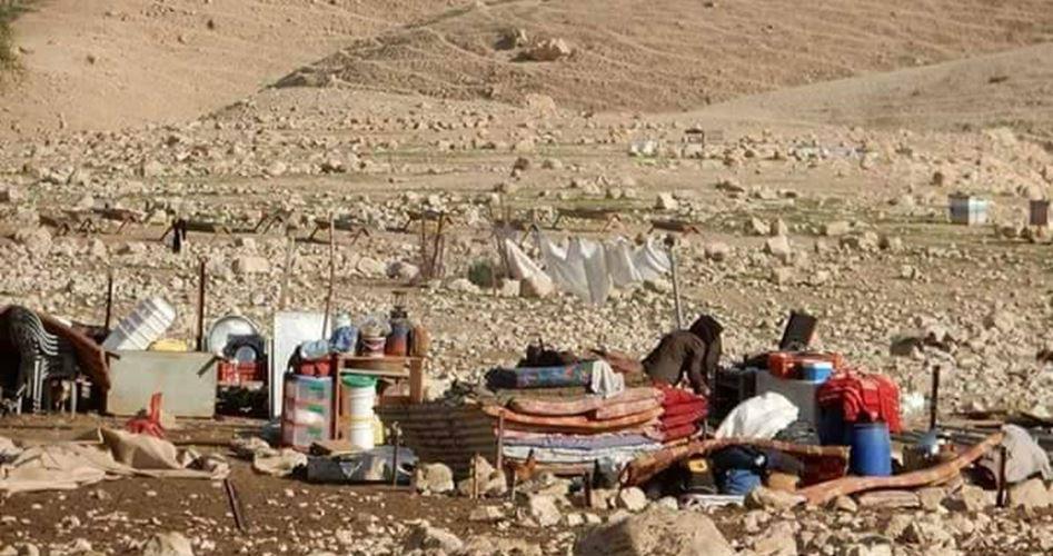 Le forze israeliane abbattono sei strutture palestinesi a est di Nablus