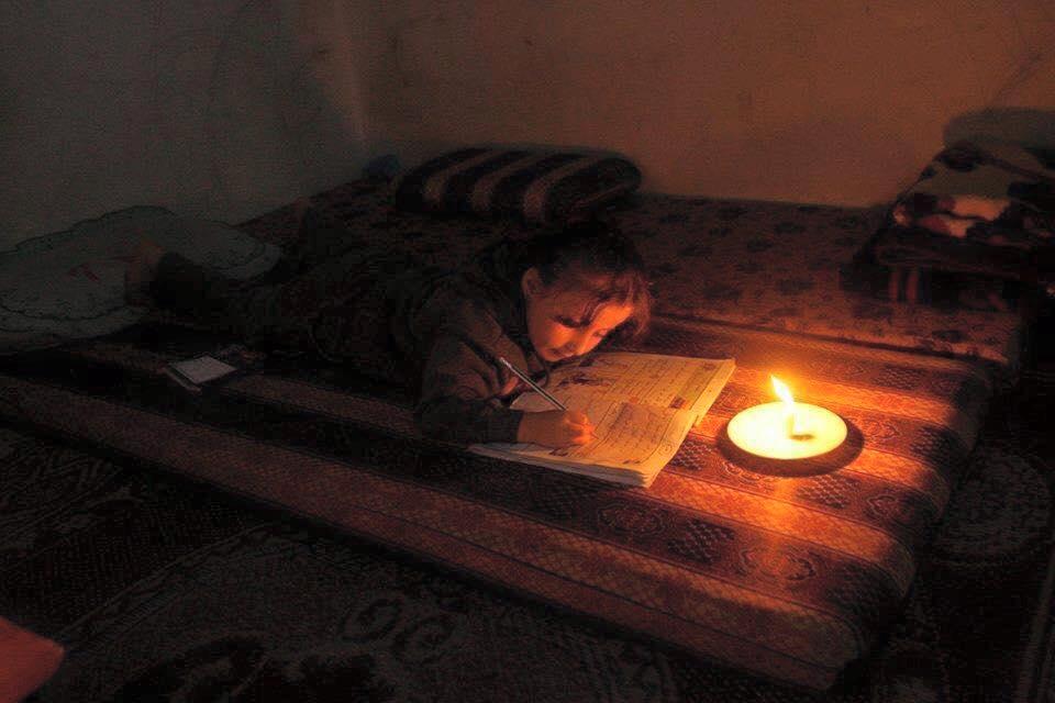 Gaza assediata, al freddo e al buio