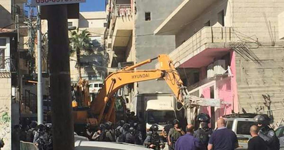 Le Autorità israeliane demoliscono cinque case a Gerusalemme, sfollando le famiglie