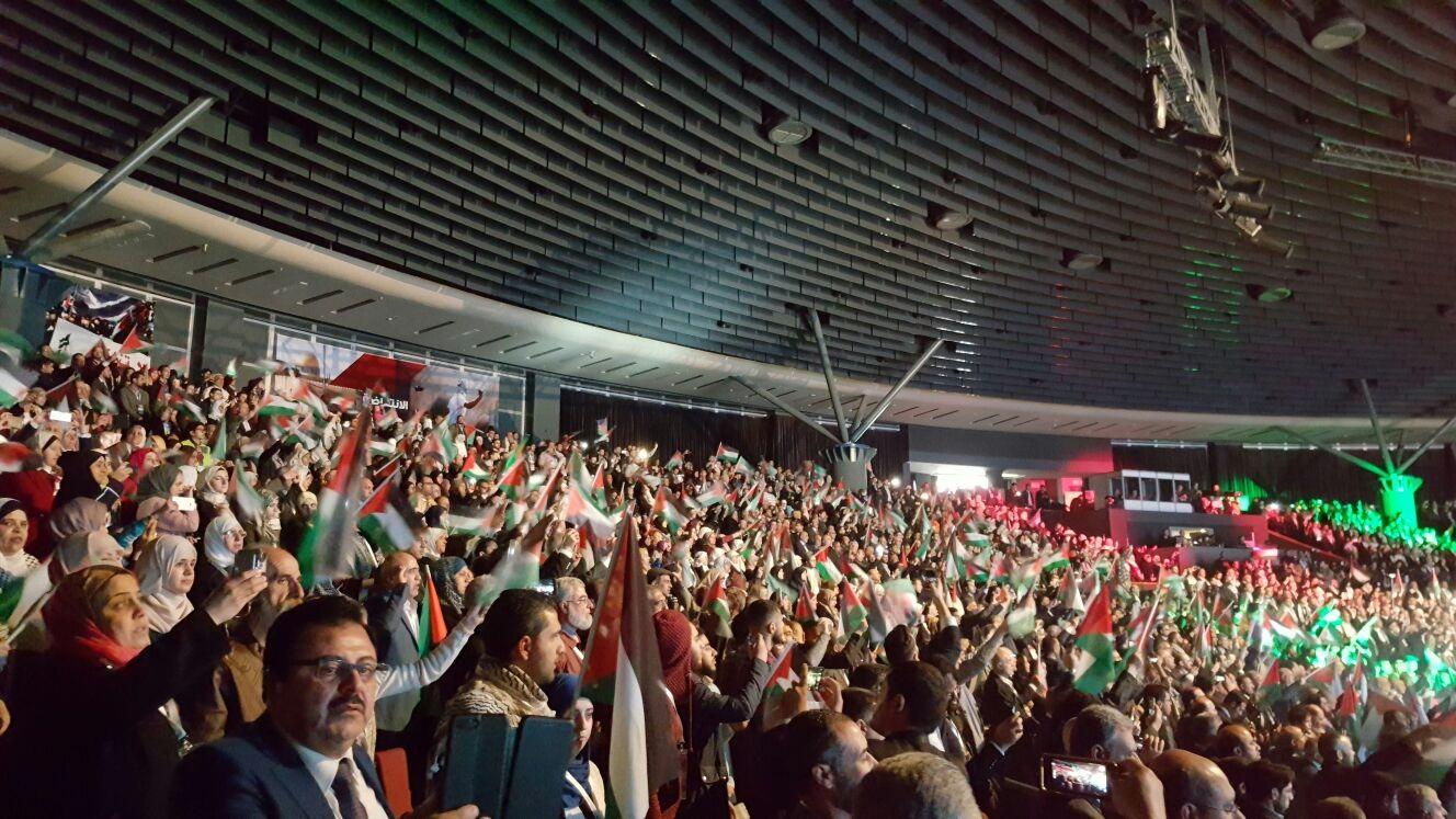 Conferenza dei Palestinesi all'estero: a migliaia chiedono una nuova linea di sostegno alla causa