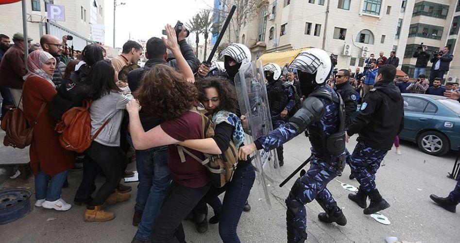 Il Forum dei mass media: la campagna repressiva contro i giornalisti sostiene l'occupazione