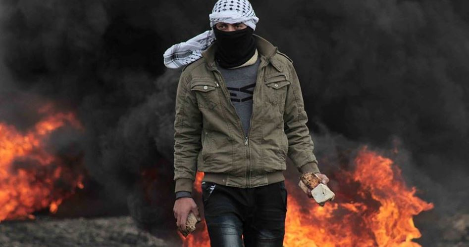 11 Palestinesi tra feriti e soffocati a Abu Dis, durante scontri con l'occupazione