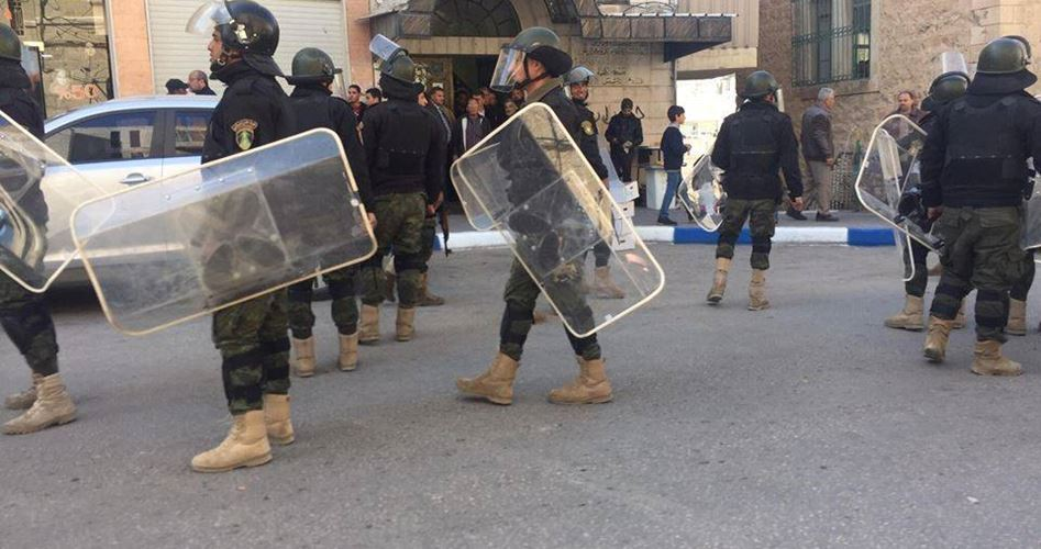 Le forze dell'ANP arrestano 4 palestinesi per la loro affiliazione politica