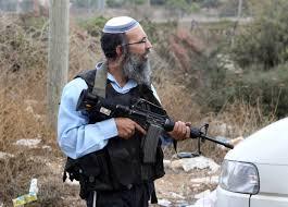 Gang di coloni aggredisce e ferisce ragazzino palestinese