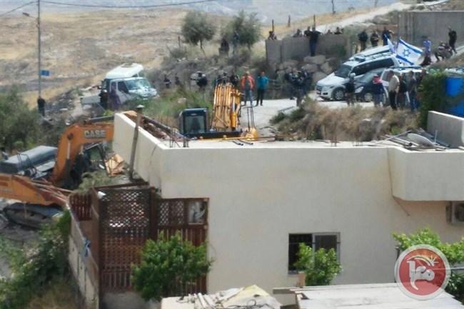 Le forze israeliane demoliscono una casa a Gerusalemme Est: sei palestinesi sfollati