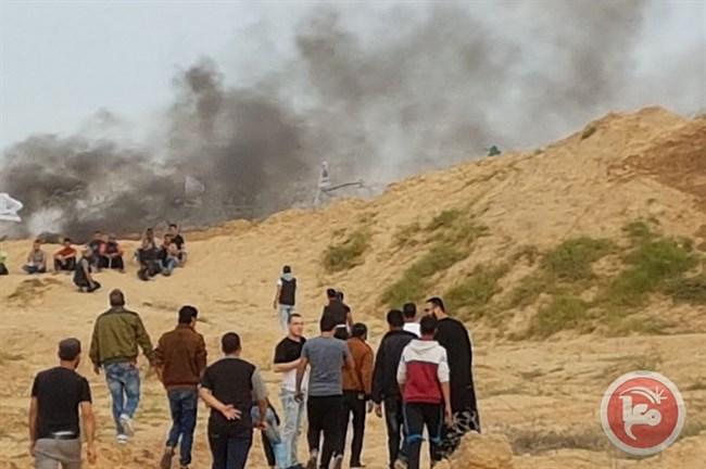 Soldati israeliani sparano a un palestinese, ferendolo, nella Striscia di Gaza centrale