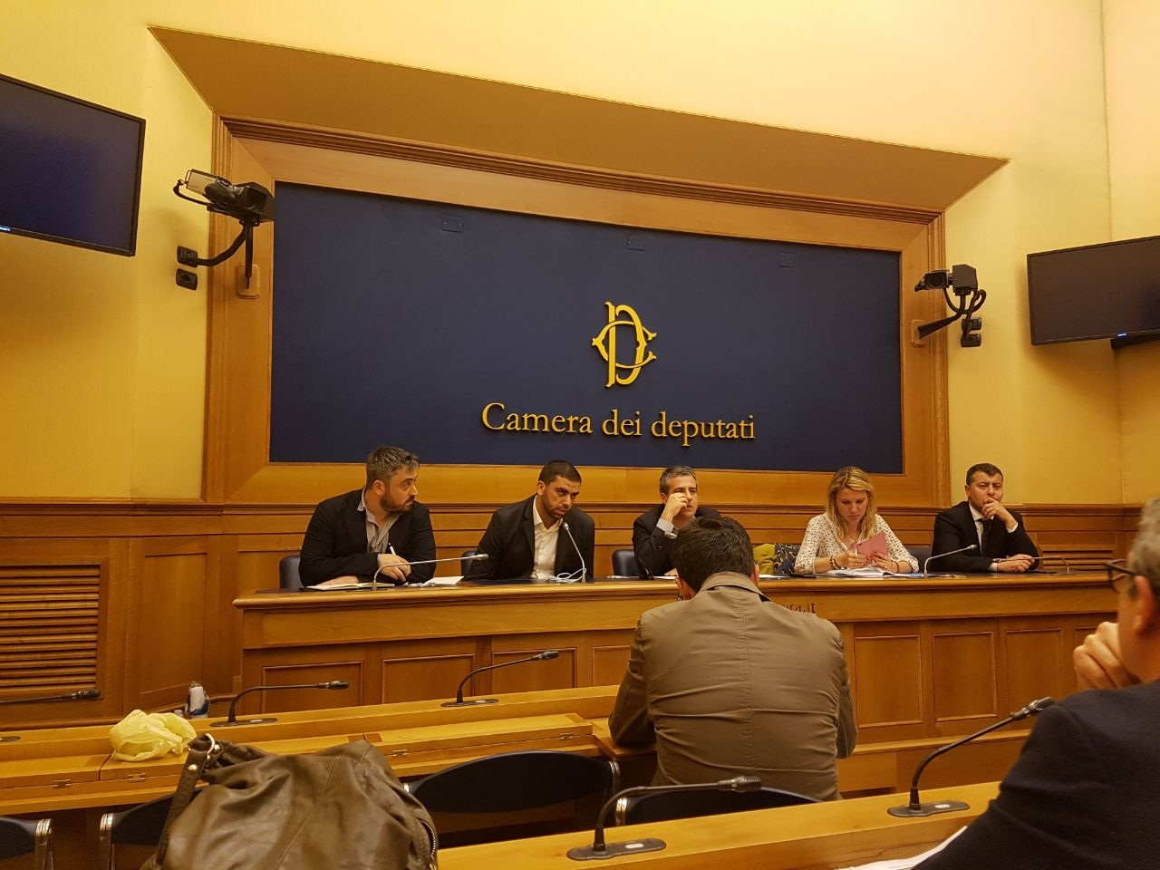 Camera dei deputati italiani conferenza stampa su libano for Rassegna stampa camera deputati