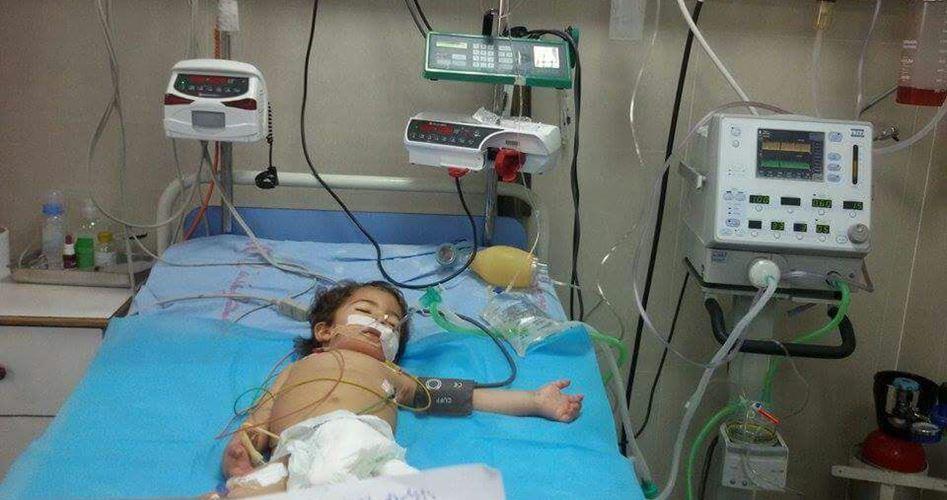 Striscia di Gaza, bimbo di 3 anni in pericolo di morte per mancanza di cure mediche