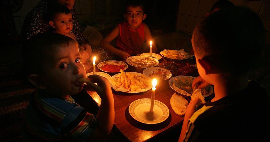 L'ONU lancia l'allarme sulla riduzione di elettricità a Gaza. Popolazione ostaggio di dispute politiche interne