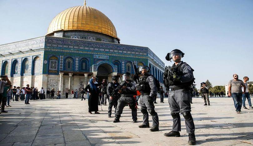 Gerusalemme, tra domenica e lunedì, 533 coloni hanno invaso Al-Aqsa protetti dalle forze israeliane