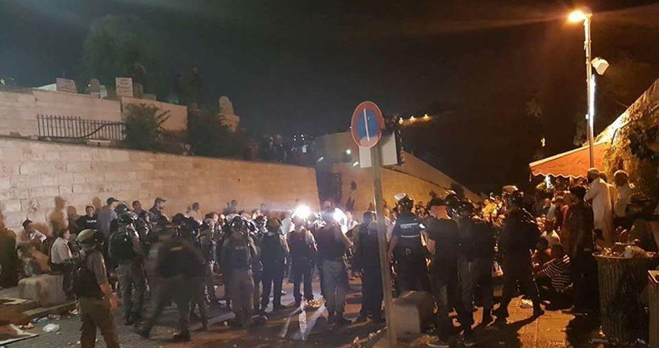 42 feriti fra i manifestanti davanti alla moschea di al-Aqsa
