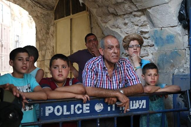 Gerusalemme, Al Haq: i negozianti palestinesi penalizzati dalla chiusura del suq della Città Vecchia