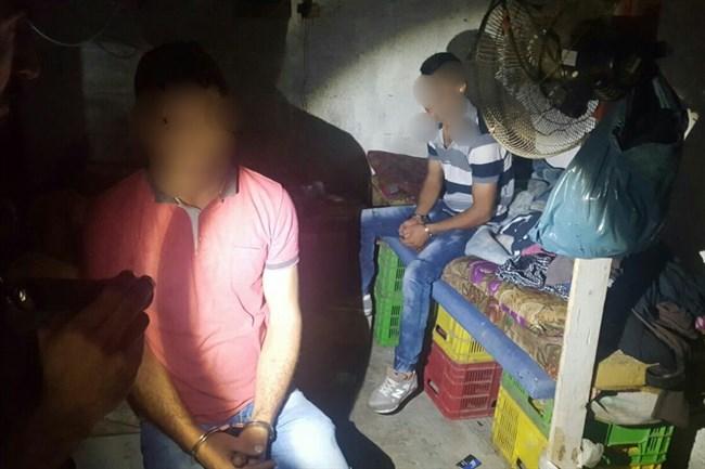 Polizia israeliana arresta 98 lavoratori palestinesi privi di documenti