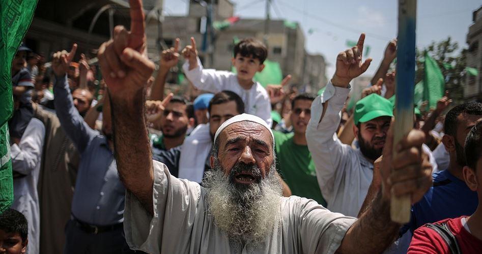 Palestinesi a Gaza marciano in solidarietà con Al-Aqsa