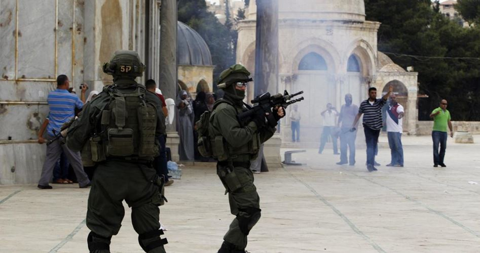 Gerusalemme, tensioni durante invasione di coloni a al-Aqsa