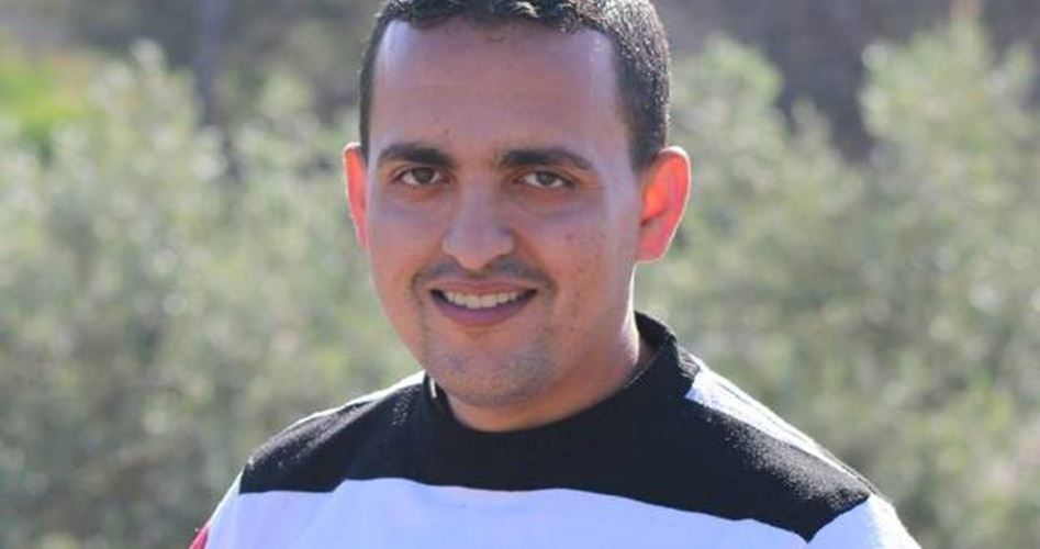 Le forze di occupazione rapiscono il giornalista Mohammed Awad