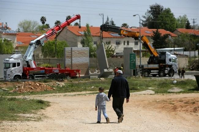 Israele approva budget: nuovo insediamento illegale per evacuati di Amona