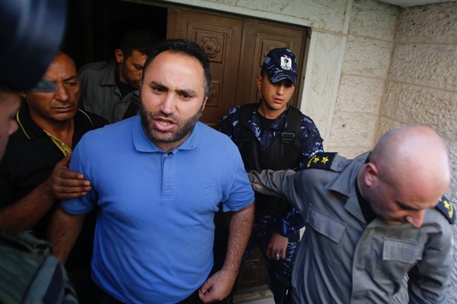 L'ANP rilascia l'attivista Issa Amro