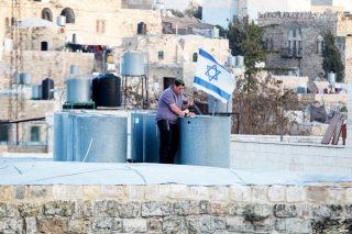 Israele impedisce l'ingresso ai musulmani nella moschea Ibrahimi a Hebron