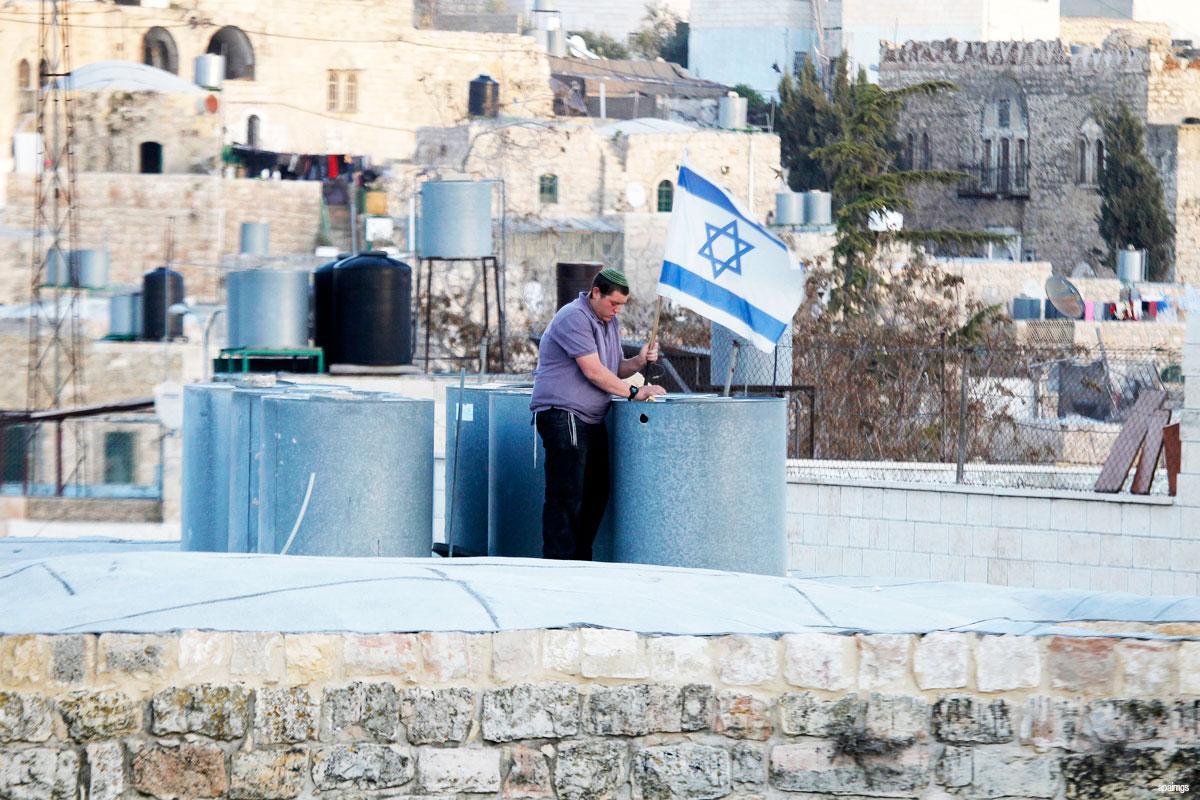 3000 coloni invadono la moschea Ibrahimi a Hebron