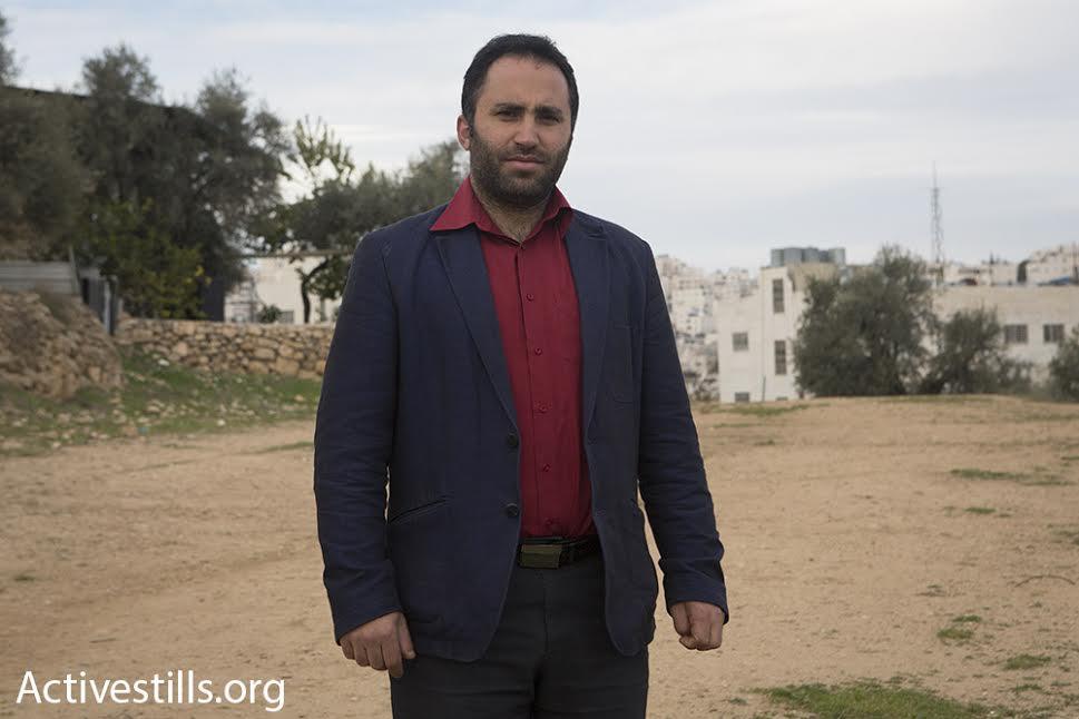 Le forze dell'ANP arrestano l'attivista Issa Amro