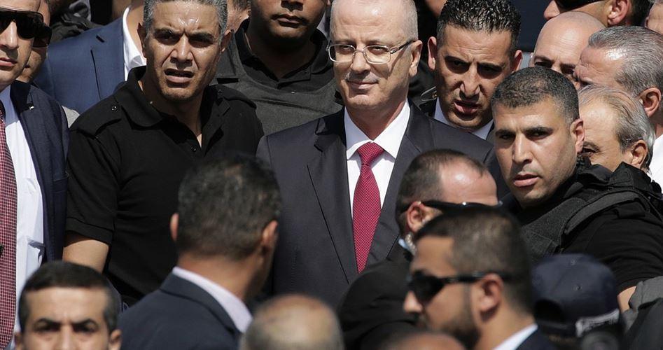 Il primo ministro palestinese a Gaza: faremo tutto il possibile per affrontare la crisi socio-economica