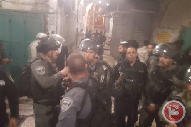 Gerusalemme, orde di coloni diretti a al-Aqsa attaccano proprietà palestinesi nella Città Vecchia
