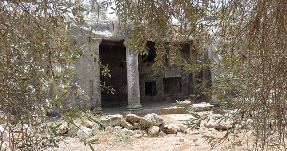 Coloni invadono sito archeologico a Salfit