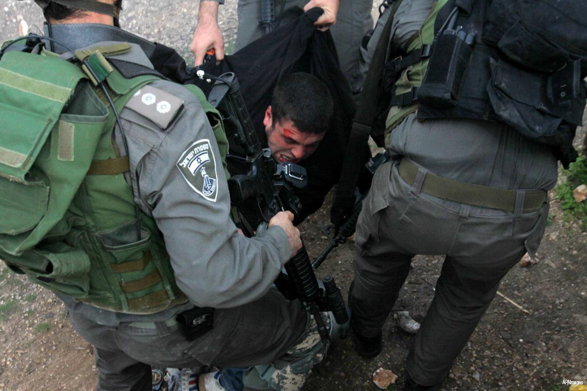 Israele tortura ed arresta ragazzo palestinese