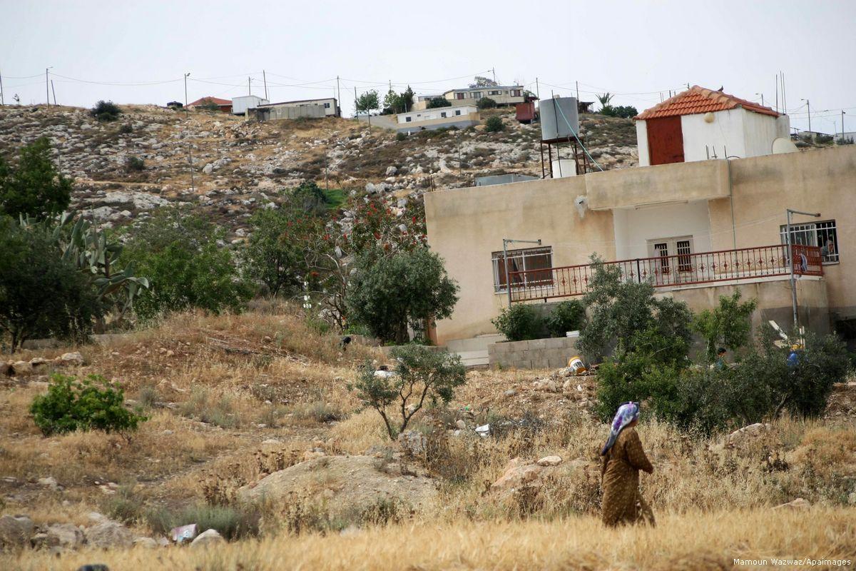 La WZO assegna terreni privati palestinesi a colonie