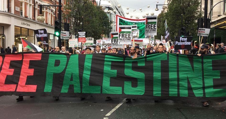 Londra, migliaia di manifestanti contro la dichiarazione di Balfour