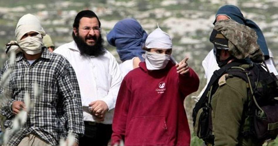Gang di coloni israeliani tenta di uccidere famiglia palestinese a Gerusalemme