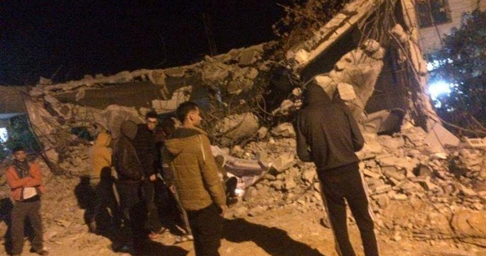 Israele riduce in macerie una casa palestinese a Qabatiya