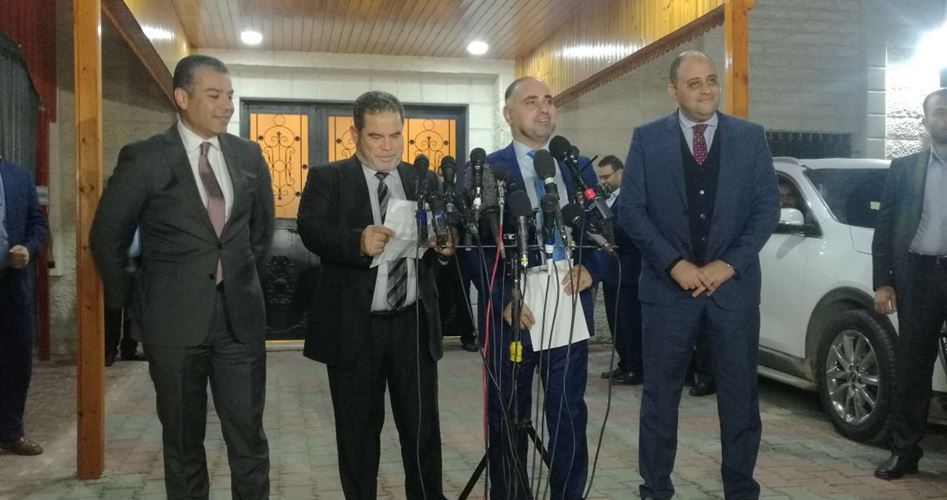 Hamas e Fatah chiedono all'Egitto di rimandare la presa di potere dell'ANP a Gaza