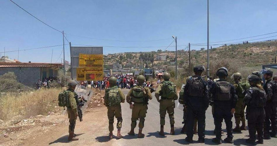 Scontri tra giovani e forze di occupazione a sud di Nablus