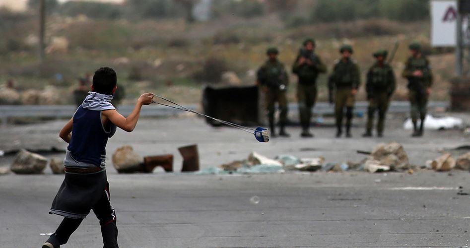 La fionda del Davide palestinese contro il colonizzatore israeliano