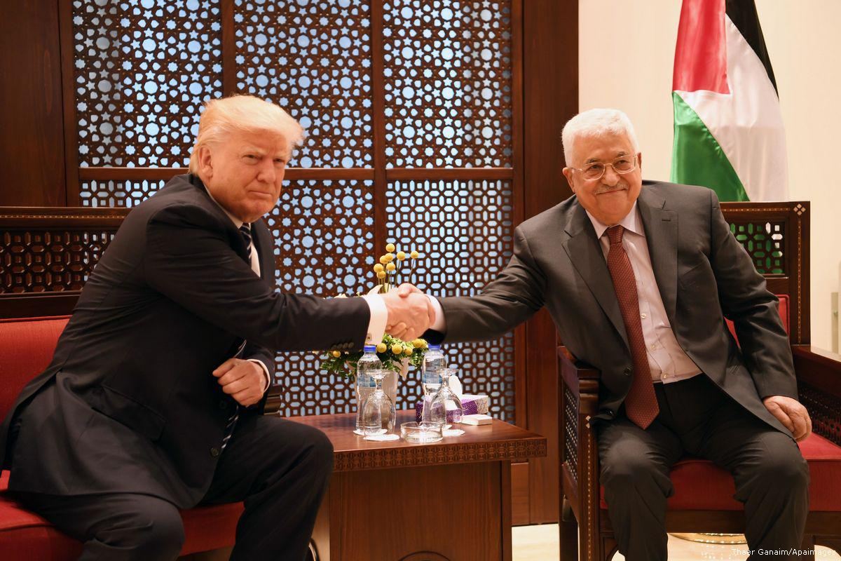 Abbas accetta di riprendere il processo di pace mediato dagli USA