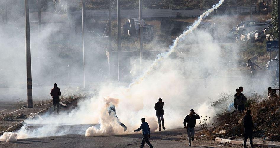 Le forze israeliane reprimono pacifiche manifestazioni a al-Bireh e Betlemme