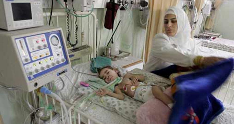 Carenza di medicinali costringe gli ospedali a Gaza a sospendere interventi di chirurgia d'urgenza