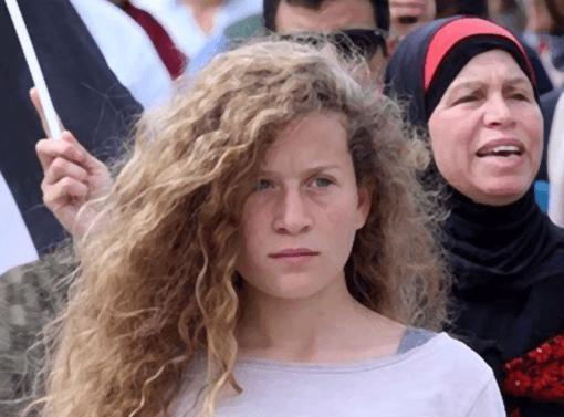 Ahed Tamimi offre agli israeliani una lezione all'altezza di Gandhi