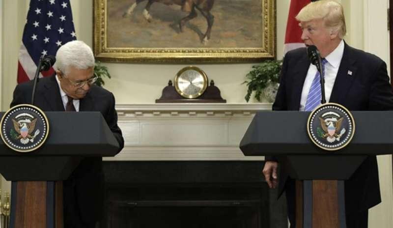 """Hamas invita Abbas a stare """"a fianco della resistenza"""""""