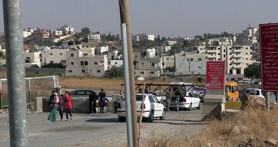 Residenti del campo di Al-Fawwar sotto assedio israeliano da giorni