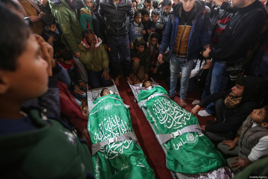 Bombardamenti israeliani contro la Striscia di Gaza: 2 adolescenti uccisi