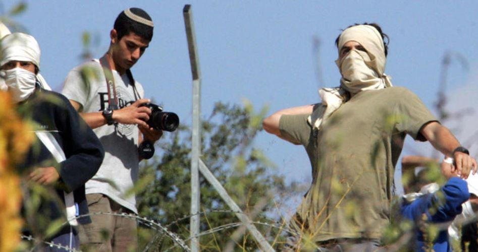 Giovane ferito da colone israeliano vicino a Ramallah