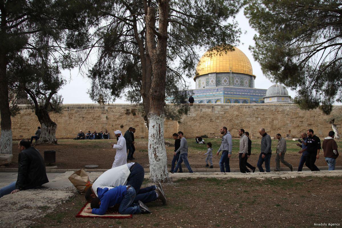 96 violazioni israeliane contro le moschee al-Aqsa e Ibrahimi
