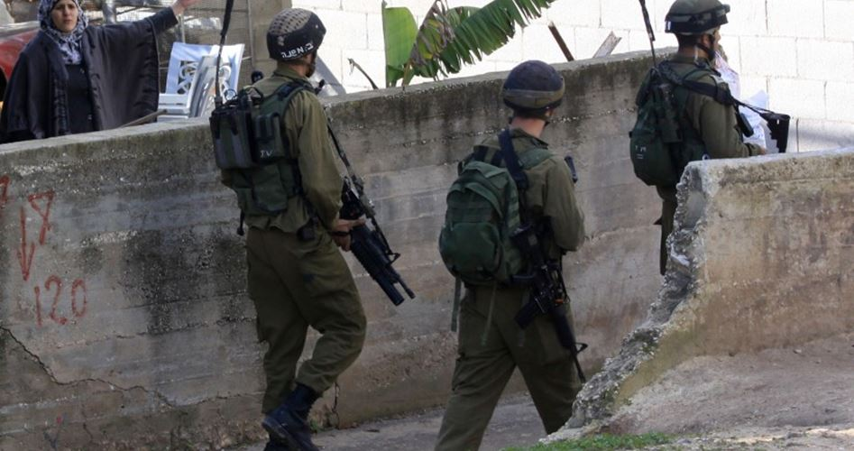 22 palestinesi arrestati dalle forze di occupazione