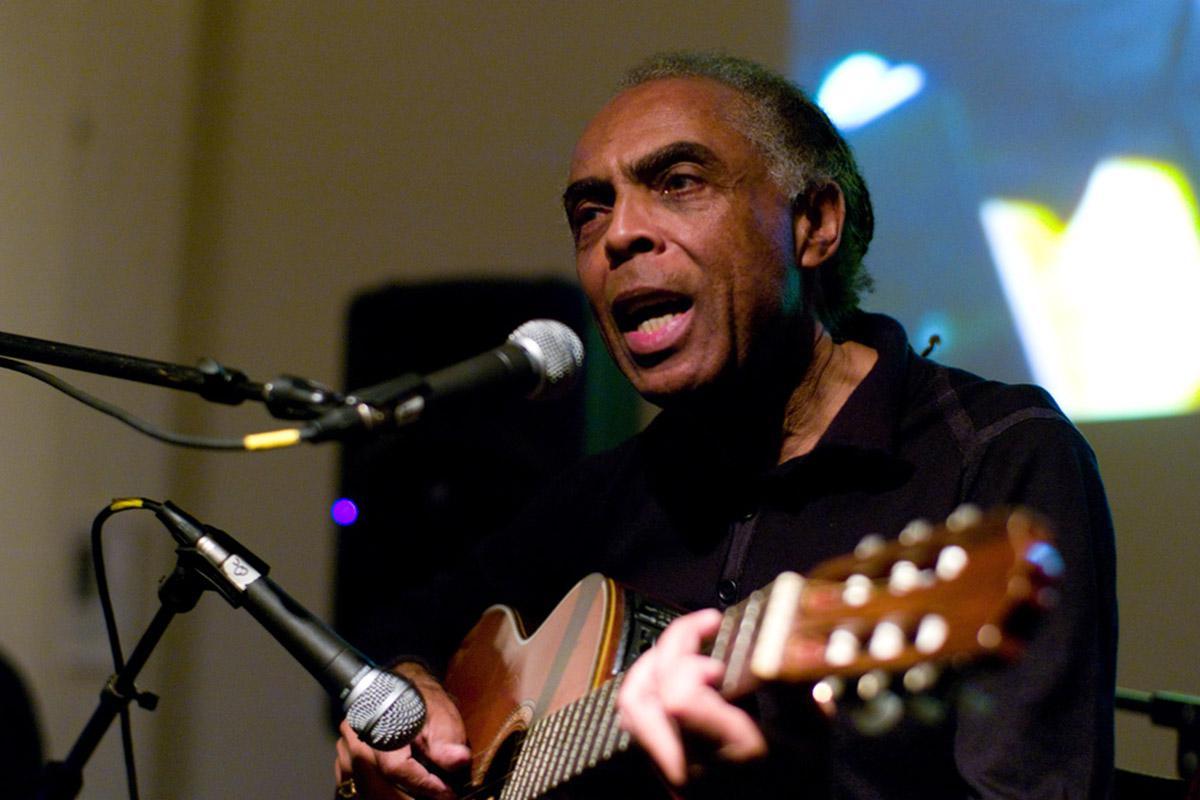 Gilberto Gil, leggenda musicale brasiliana, cancella spettacolo a Tel Aviv