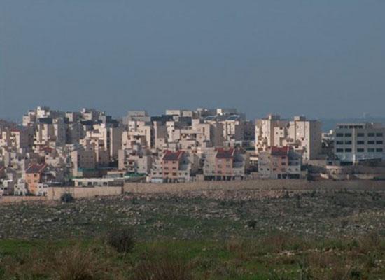 HRW: Banche israeliane finanziano le colonie